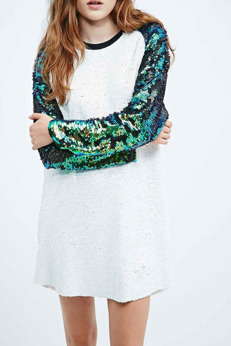Native Rose - Robe de baseball blanche à sequins - Urban Outfitters