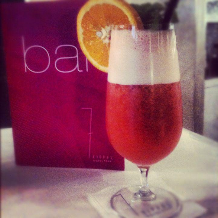cocktail sans alcool  http://www.hotel-7eiffel-paris.com/index.html