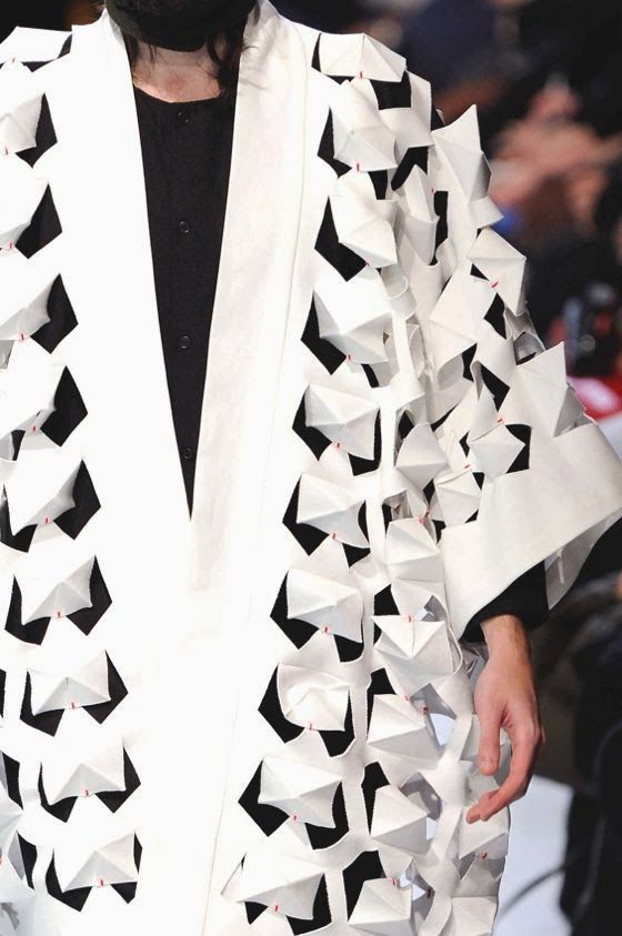 Innovative textiles design for fashion with use of cut for Fashion fabrics