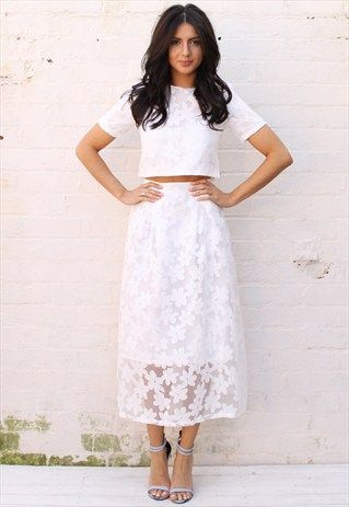 Daisy+Overlay+Boxy+Crop+Top+Full+Midi+Skirt+Co-ord+in+White