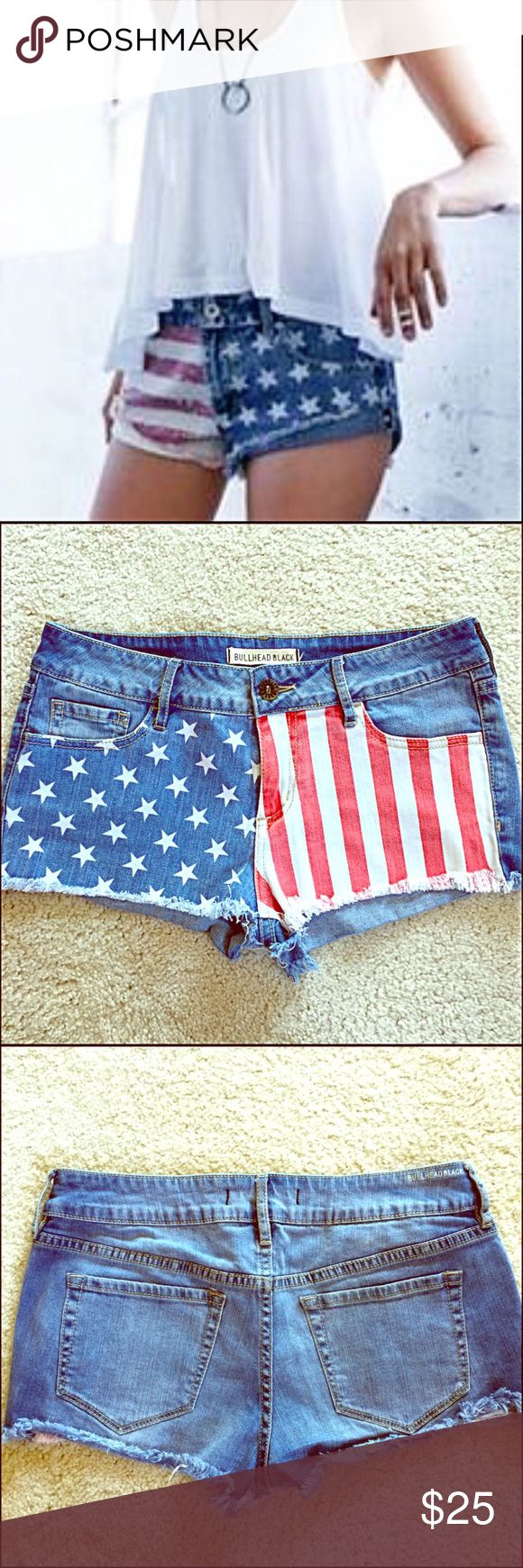 BULLHEAD BLACK AMERICAN FLAG 🇺🇸 DENIM SHORTS You'll Love These Patriotic Shorts by Bullhead Black! 🇺🇸 Perfect for 4th of July, Festivals, or Any Summer's Day! Models wearing a Similar Version. Steaming Hot Bootie Shorts! Really Cute & Sassy💁 Bullhead Black Shorts Jean Shorts