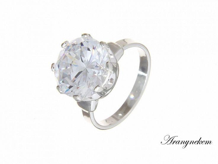 Fehér Swarovski kristályos ezüst gyűrű