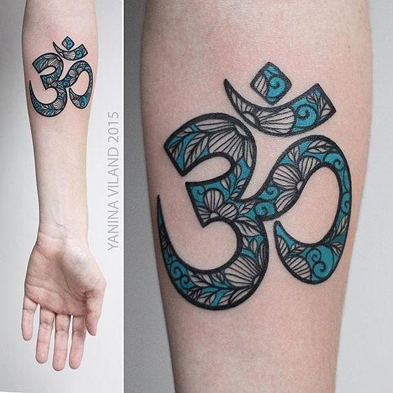 Tatuajes De Om A Color (5)