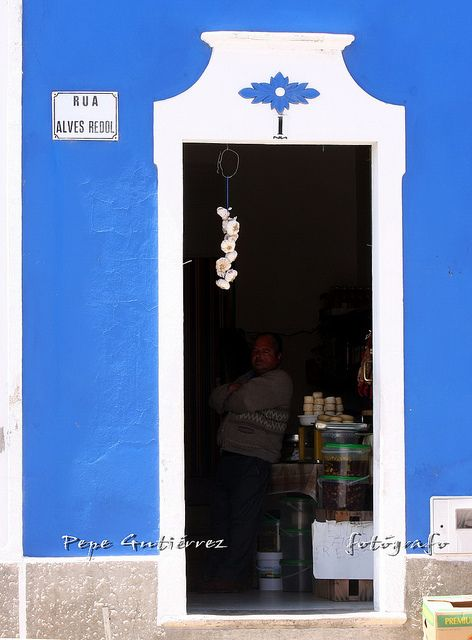 "MERTOLA. ""Loja"" portuguesa 