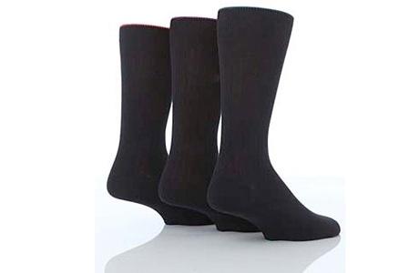 Tummia sukkia koossa 40-42