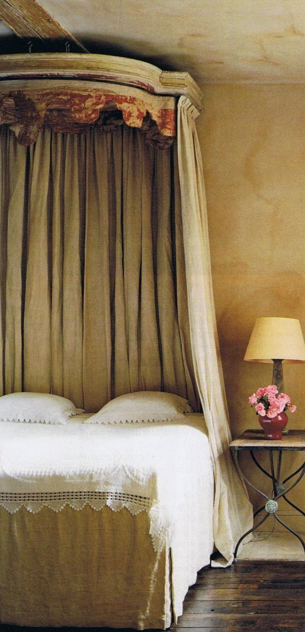les 42 meilleures images du tableau ciel de lit sur pinterest ciel de lit chambre et chambres. Black Bedroom Furniture Sets. Home Design Ideas