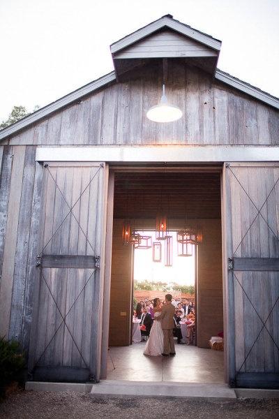 !: Country Barn Wedding, Chandelier, Someday, Wedding Ideas, Country Wedding, Children, Dream Wedding, Barn Weddingsss, Photo