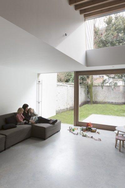 BINNENKIJKEN. Uitgewoonde bel-etage wordt modern betonhuis - De Standaard: http://www.standaard.be/cnt/dmf20170317_02785023?utm_source=facebook