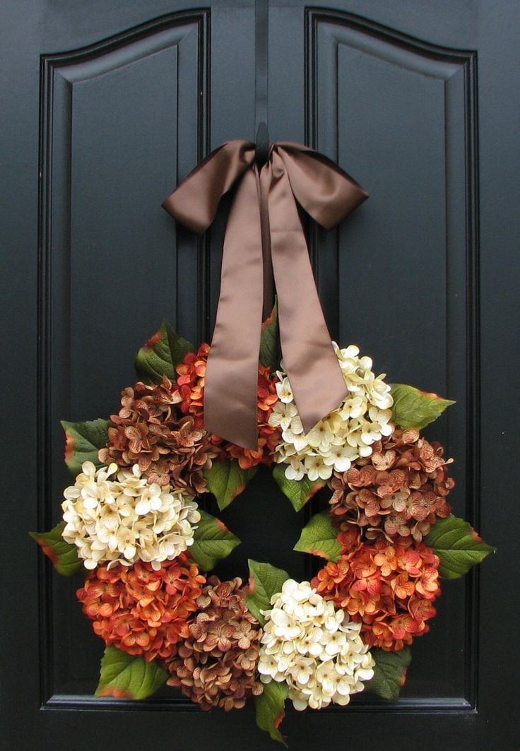 Lovely Fall Wreath - artificial hydrangeas and foliage, grapevine, glue, and ribbon. Simple, but elegant! #fall #wreath