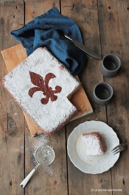 Schiacciata alla fiorentina.  Typical tuscan recipe. /Love the Florence Fluer de…