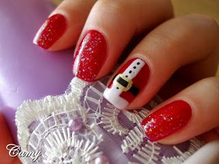 My Christmas manicure ~ Camy's Beauty Corner