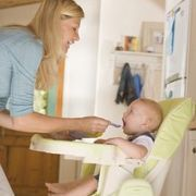 According to British Columbia Health Link, when feeding a 1-year old child, parents should decide which foods to serve at a meal but allow the child to decide for herself how much she wants to eat. When planning meals and snacks for young children, incorporate healthy foods from the seven food groups.