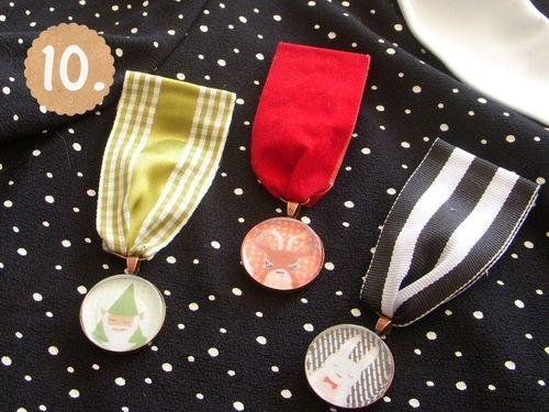 medal brooch