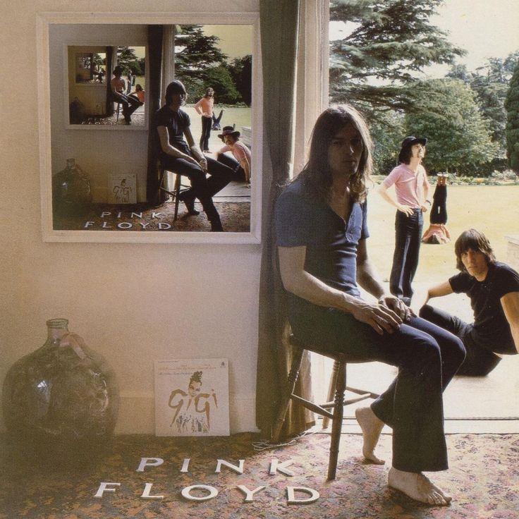[POCHETTE ALBUM] Pochette célèbre pour sa mise en abyme du groupe Pink Floyd, dont la musique psychédélique de l'époque créait un sentiment proche de la mise en abyme... [Hipgnosis, Ummagumma de Pink Floyd, 1969,pochette d'album]