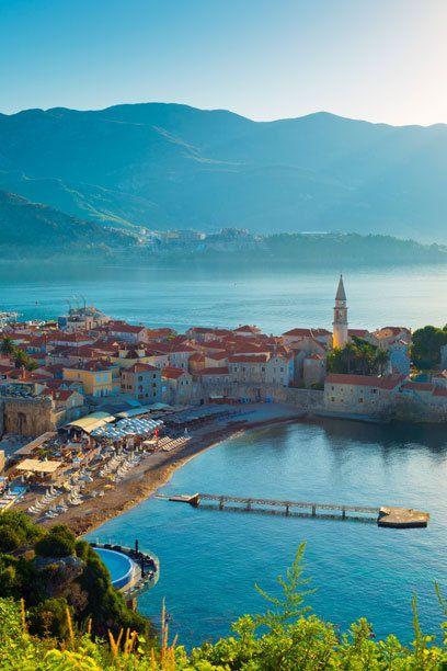 """""""Mini-Dubrovnik"""" nennt der """"Lonely Planet"""" das kleine Städtchen Budva an der montenegrinischen Adria-Küste"""