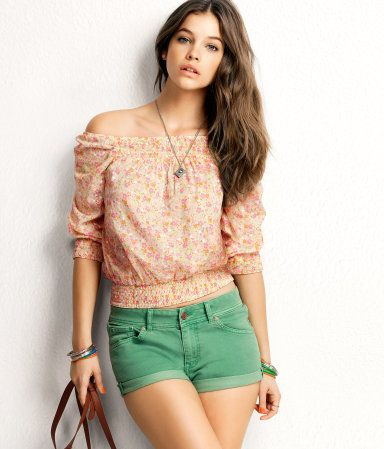 Cute style: Floral Prints, Everyday Fashion, Colors Jeans, Beautiful Women, Outfit, Barbara Palvis, Barbarapalvin, Dreams Wardrobes, Green Shorts