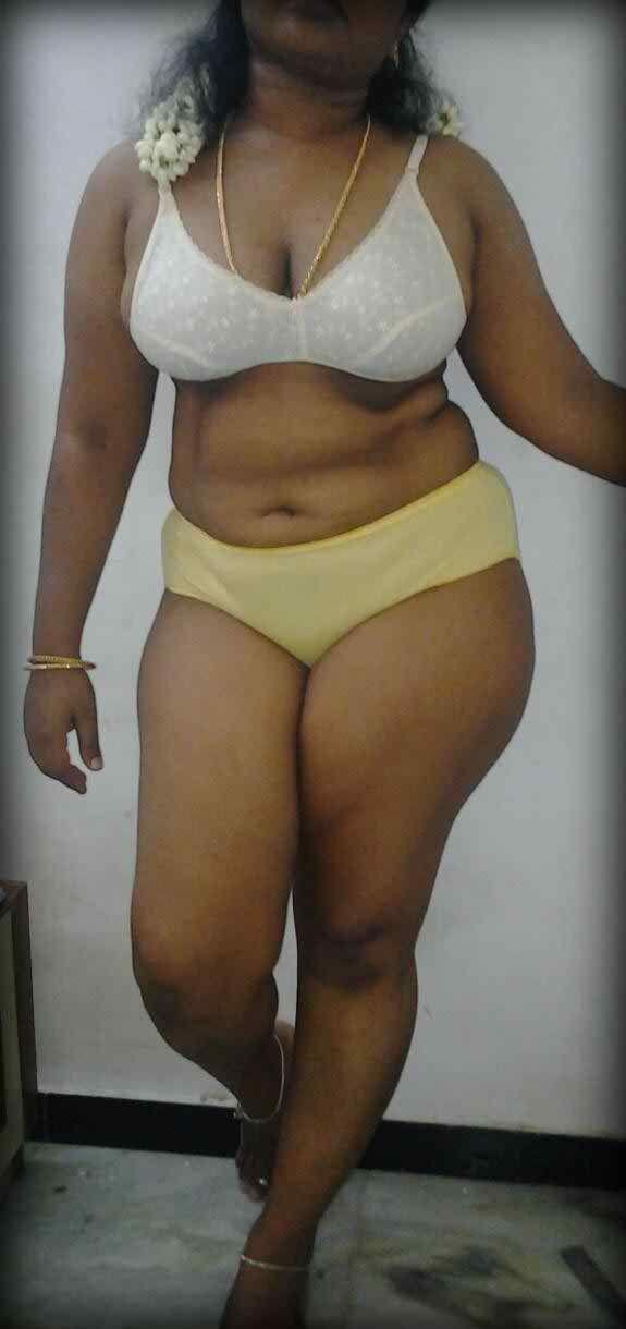 image Desi malaysian busty tamil aunty