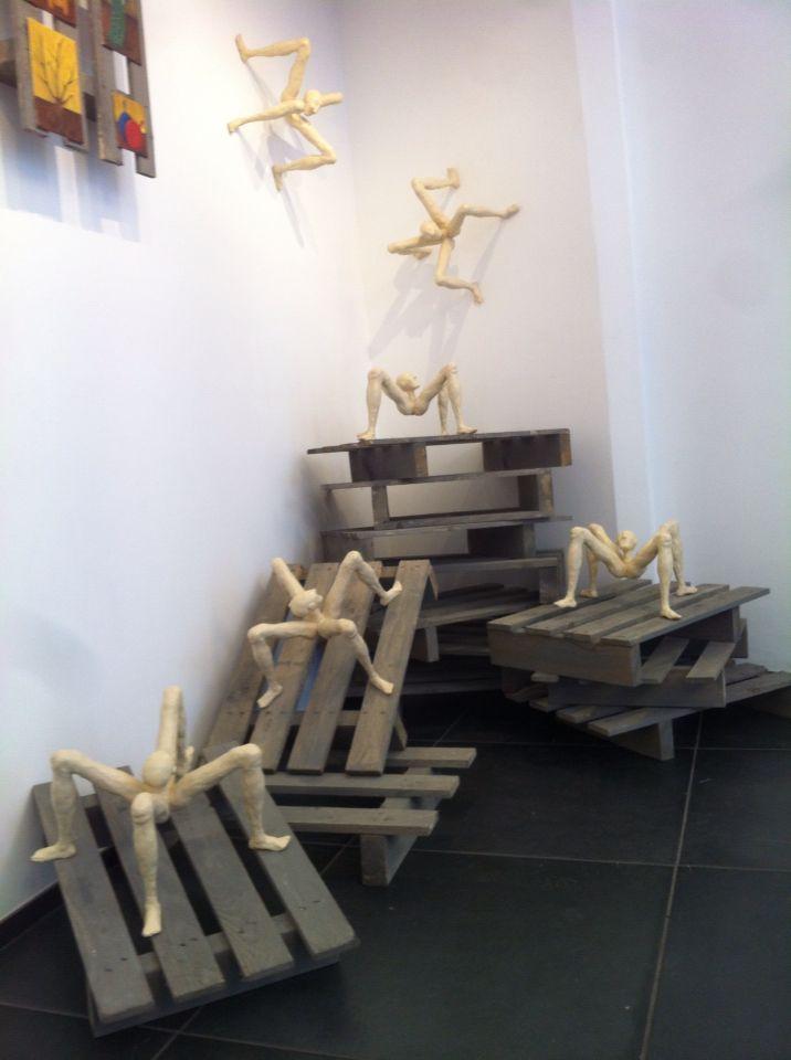Sculptures installation from Raimondo Castronuovo #sculpture #installations