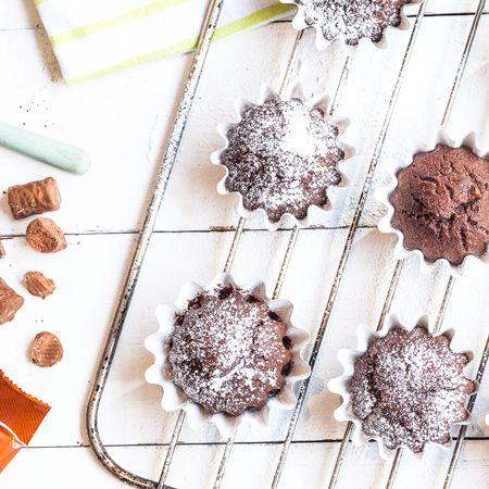 Fazerin leivontayhteisö laittoi jauhot pöllyämään ja jakoi omat Pätkiksen makuiset suosikkireseptinsä. Maijan Pätkis-muffinin sisältä löytyy minttutryffelinen sydän.