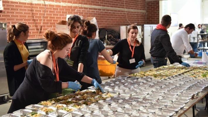 Γενναιόδωρες προσφορές και εθελοντική δουλειά | 902.gr