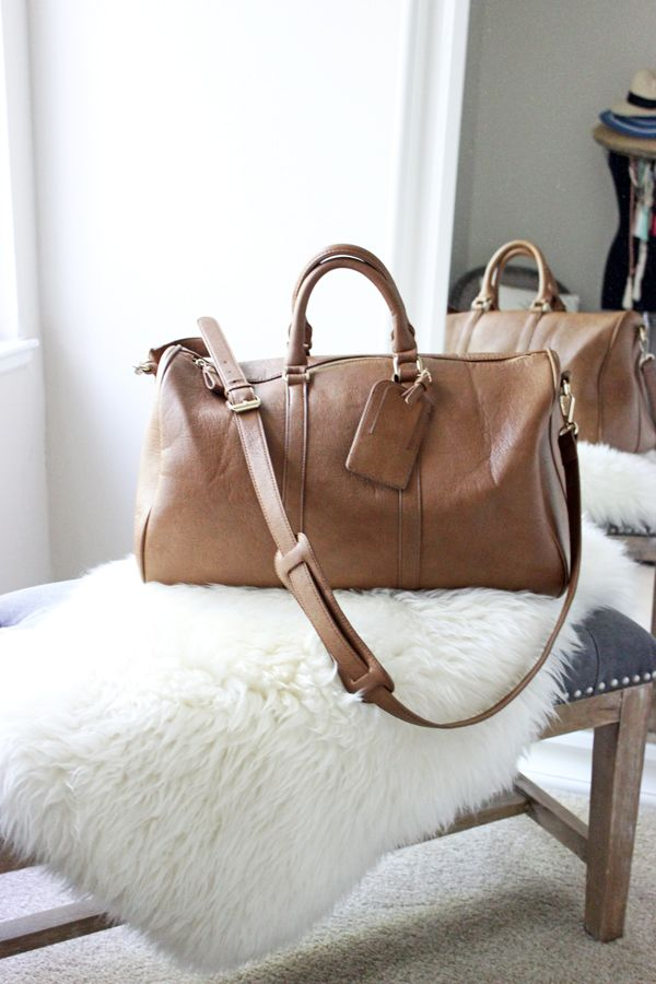 5 Must-Have Handbags for Summer   Sole Society Cassidy Weekender   via @StyleCusp