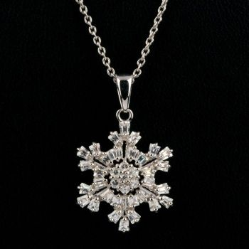 White rhodium plated snow pendant necklace with white zircons. 42cm lenght.