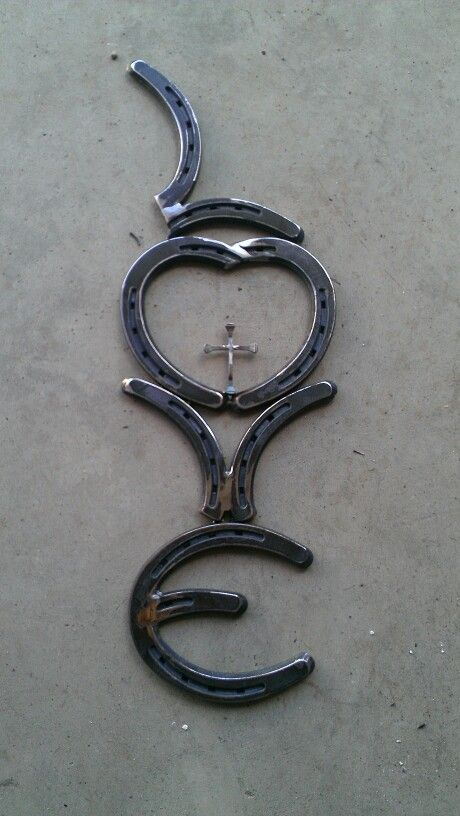 171 best things to make out of horse shoes and tack images for Things made from horseshoes