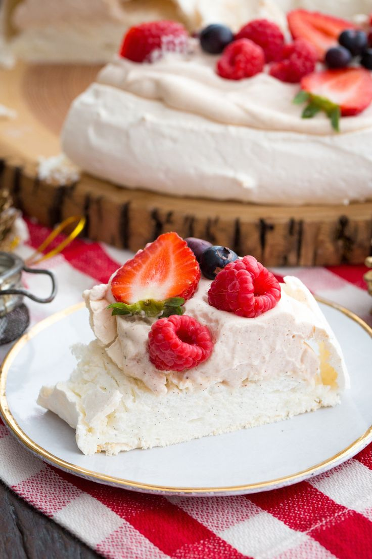 Pavlova de Natal | Vídeos e Receitas de Sobremesas