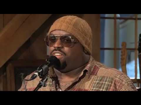 Good music never gets old. This rendition is frickin awesome! - Cee Lo Green and Daryl Hall -- One On One