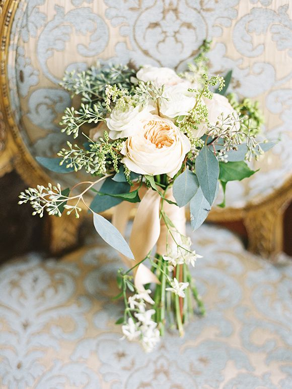 Cream wedding bouquet | Chateau Chic Inspiration shoot by Kimberly Chau