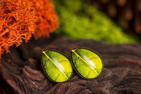Grüner Blatt Ohrringe Baum Blatt Ohrringe Tear Drop von SomeMagic