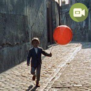 Un clásico francés, El Globo Rojo, para acompañar al pequeño protagonista en su aventura por las calles de París con su especial compañero:)