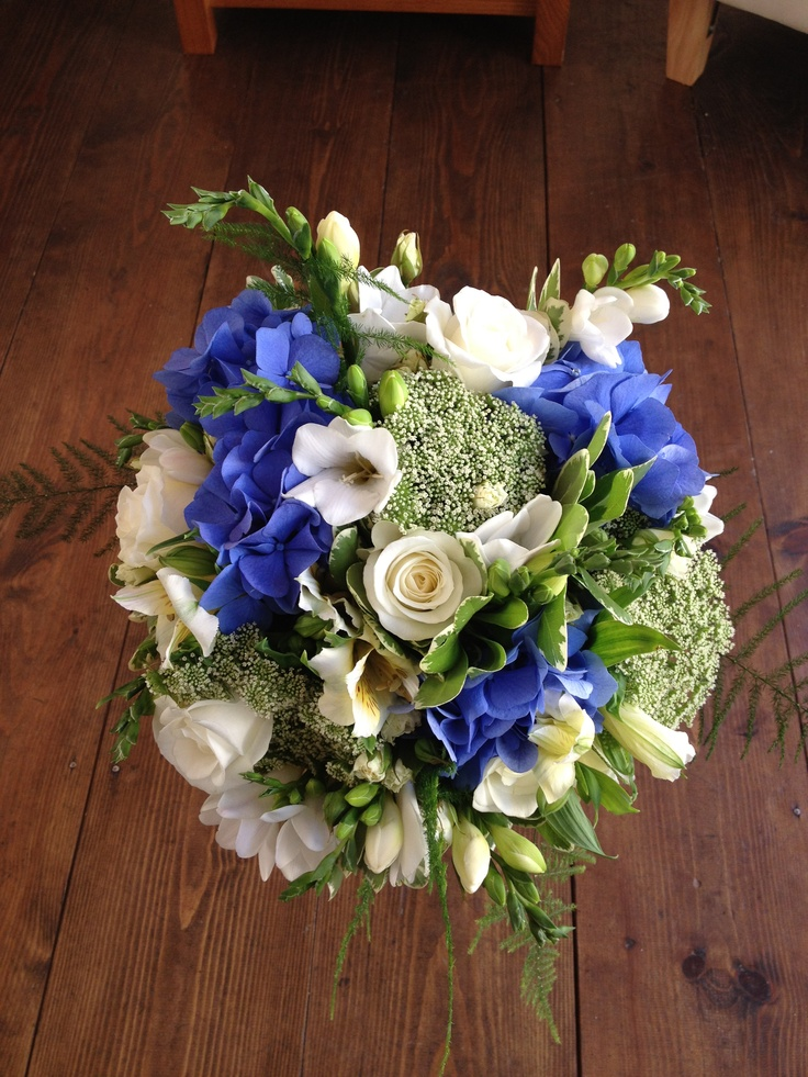 Brides bouquet by Shelley Whiting