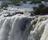 *Victoria Falls (between Zambia & Zimbabwe, Africa)  3) Visit the Seven Natural Wonders of the World