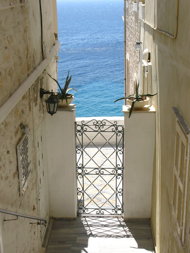 Syros...photo: olympia krasagaki