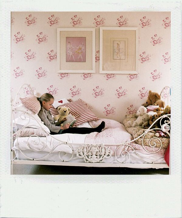 Such A Cute Little Girls Bedroom With Cute Ballerina Artwork!