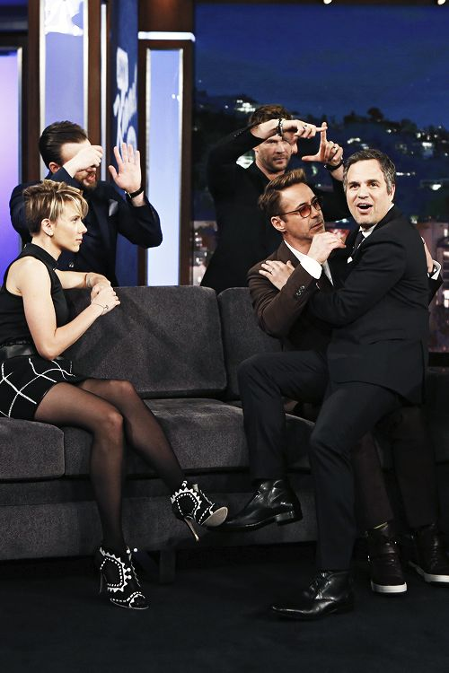 Imagen de chris evans, robert downey jr, and Scarlett Johansson