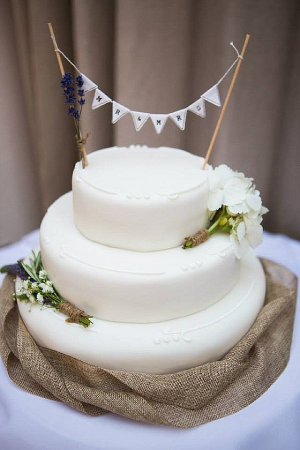Hessian Bunting Wedding Cake Topper