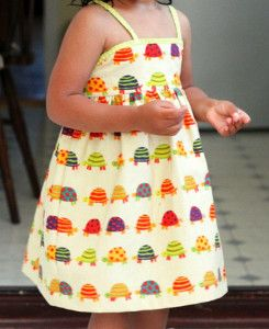 Simple Summer Dress for Girls - free tutorial