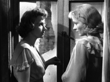 conflict between blanche and stanley The conflict in a streetcar named desire in the story, there is a big conflict between blanche and stanley blanche is a woman stuck in the idea of still being young and rich.