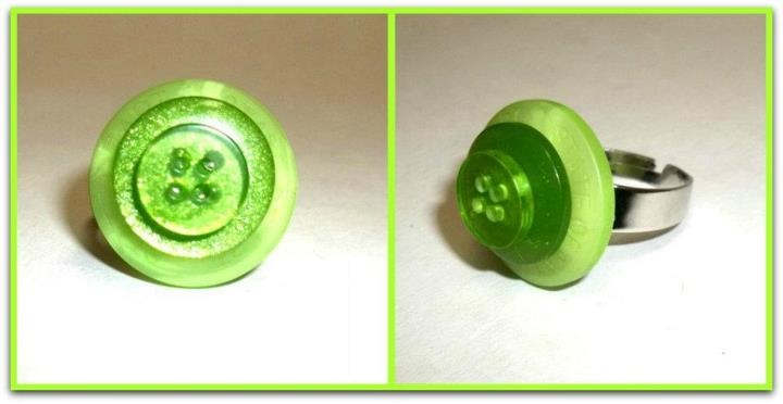 Green on green adjustable button ring, by L.A. Crafts.    https://www.facebook.com/photo.php?fbid=346457125390221&set=a.190764467626155.38268.166744043361531&type=3     https://www.facebook.com/L.A.Crafts.NS