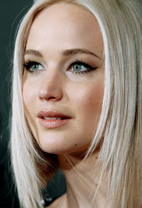 Jennifer Lawrence attends the New York premiere of 'A Beautiful Planet' at AMC Loews Lincoln Square on April 16, 2016 in New York City.