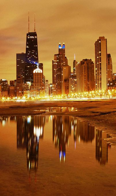 Beautiful Chicago Nights, Download free beautiful nature wallpapers and nature photos backgrounds images. See more at www.freecomputerdesktopwallpaper.com