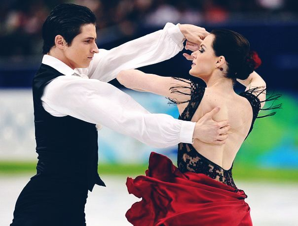 Great pic from Virtue & Moir's 2010 Olympic OD