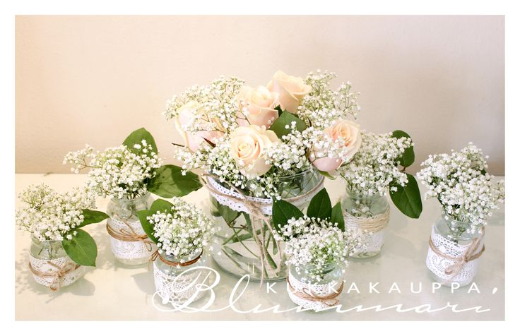 Flower arrangements with babysbreath
