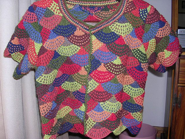 Creative Knitting Free Patterns : 34 best images about Knit: Modular & Mitered on Pinterest Cowl patterns...