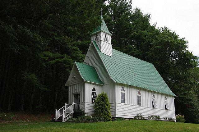 St. John's Episcopal Church ~ Valle Crucis, North Carolina, precious!