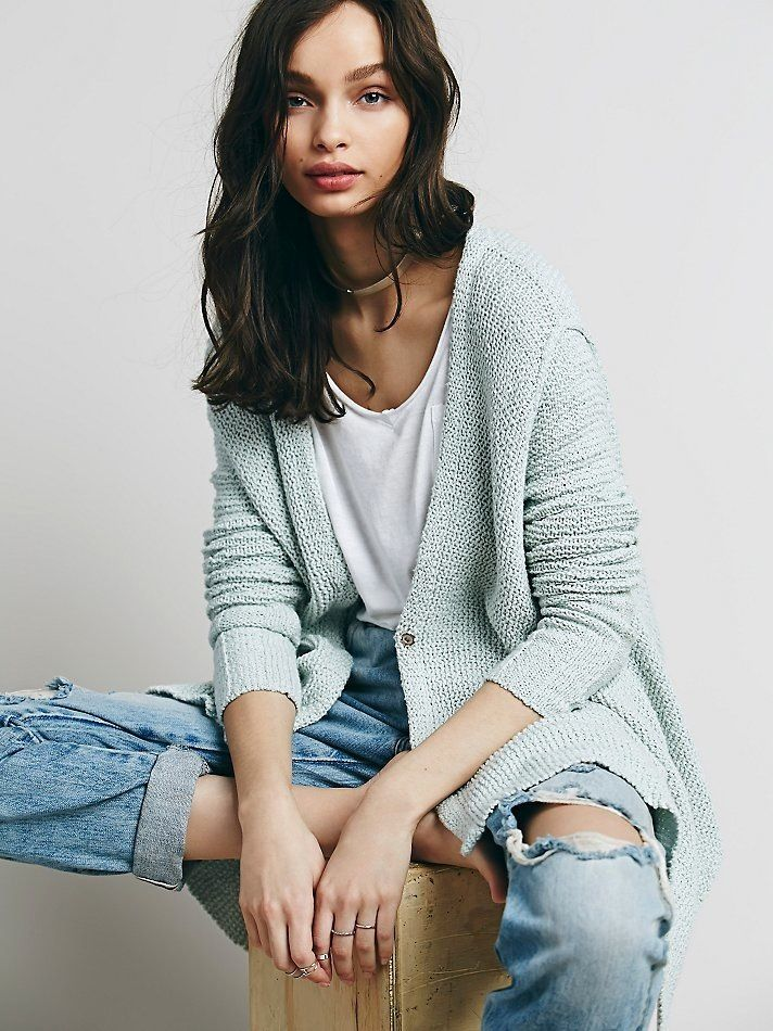 Keep Cozy With This Casual Weekend Look