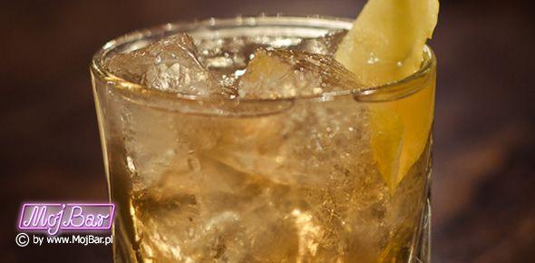 ADAM AND EVE W sam raz żeby Ewę nauczyć pić whiskey:  american bourbon whiskey - 40ml, galliano - 10ml, syrop cukrowy - 10ml, angostura bitter - 3dash  Przepisy na drinki znajdziesz na: http://mojbar.pl/przepisy.htm