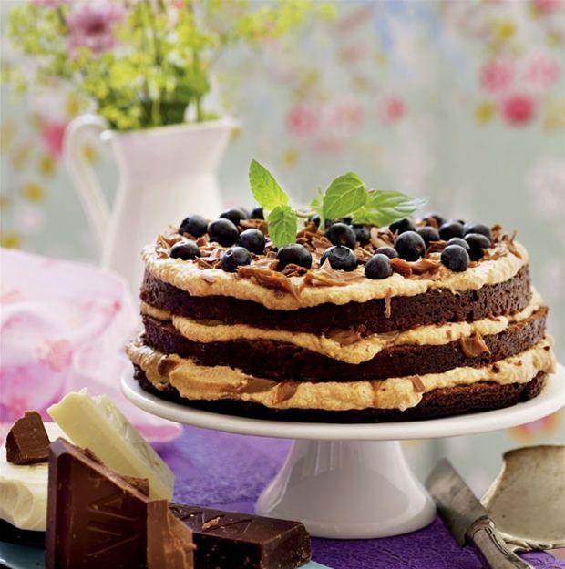Ugens lækkeri: Chokoladekage med karamelcreme - Hendes Verden